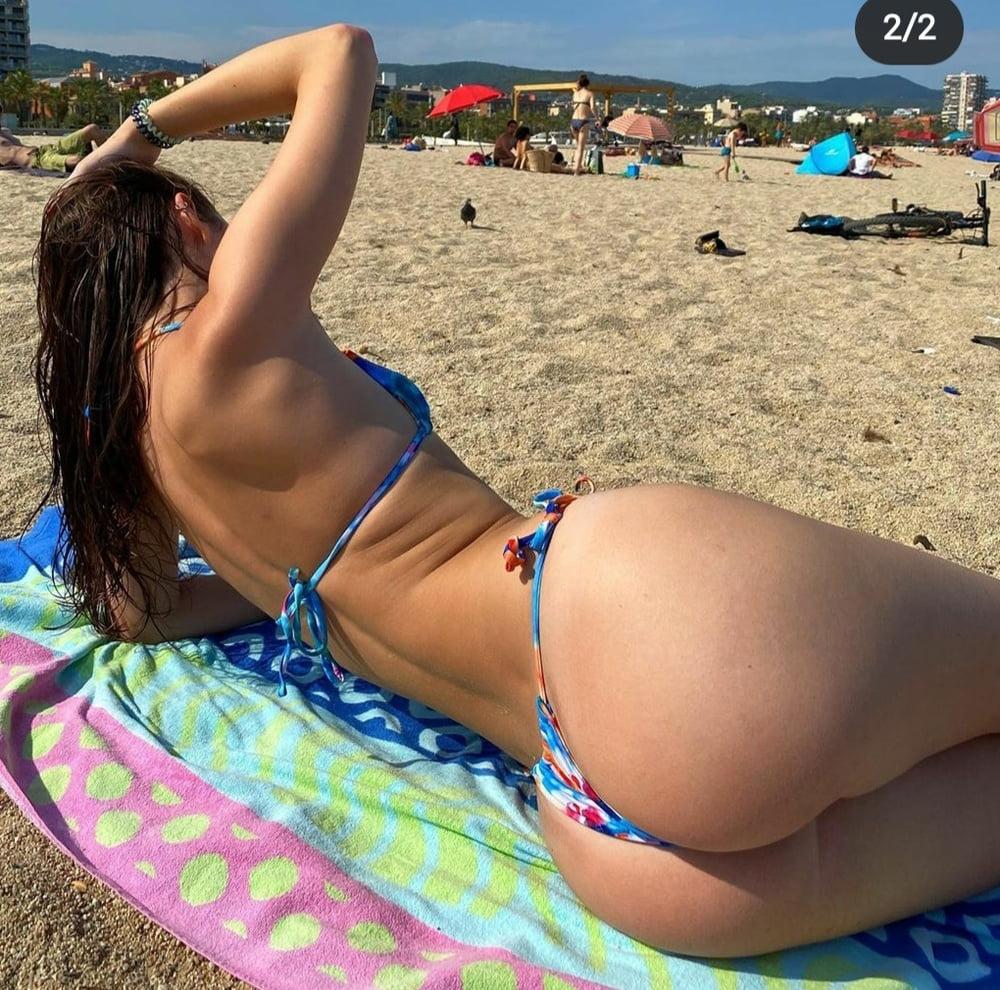 TikTok Nude at beach